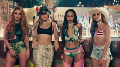 "Meninas do Little Mix são musas do country no clipe de ""No More Sad Songs"", com o MGK"