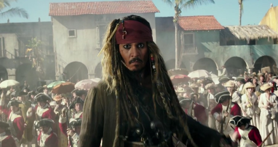 """Jack Sparrow está de volta no novo trailer de """"Piratas do Caribe: A Vingança de Salazar"""""""