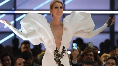 "De arrepiar! Céline Dion canta ""My Heart Will Go On"" e é ovacionada no ""Billboard Music Awards"""