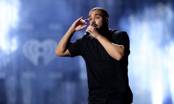Mais um! Drake processa mulher que alega ter sido estuprada e ter um filho dele