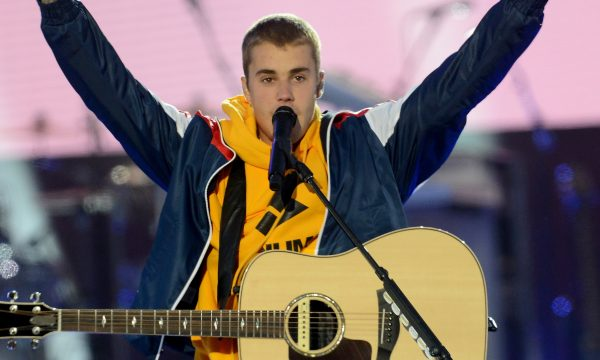 "Justin Bieber questiona glamour dos famosos após o ""Met Gala 2018"""