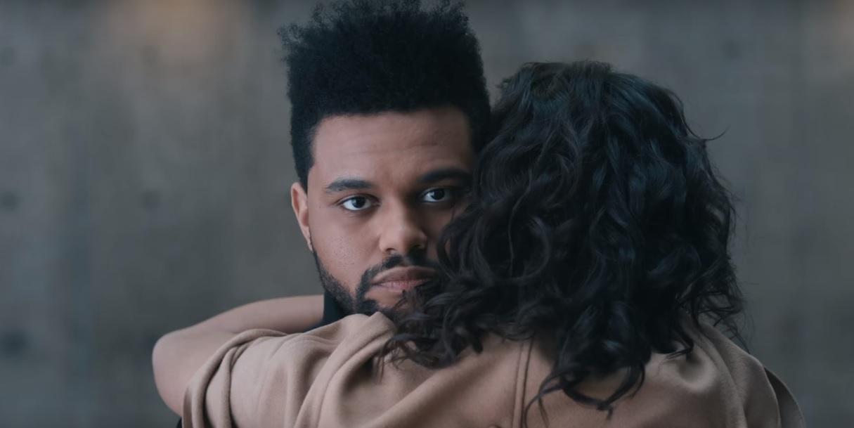 Após beijos no 'Coachella', The Weeknd toma decisão sobre relacionamento sério