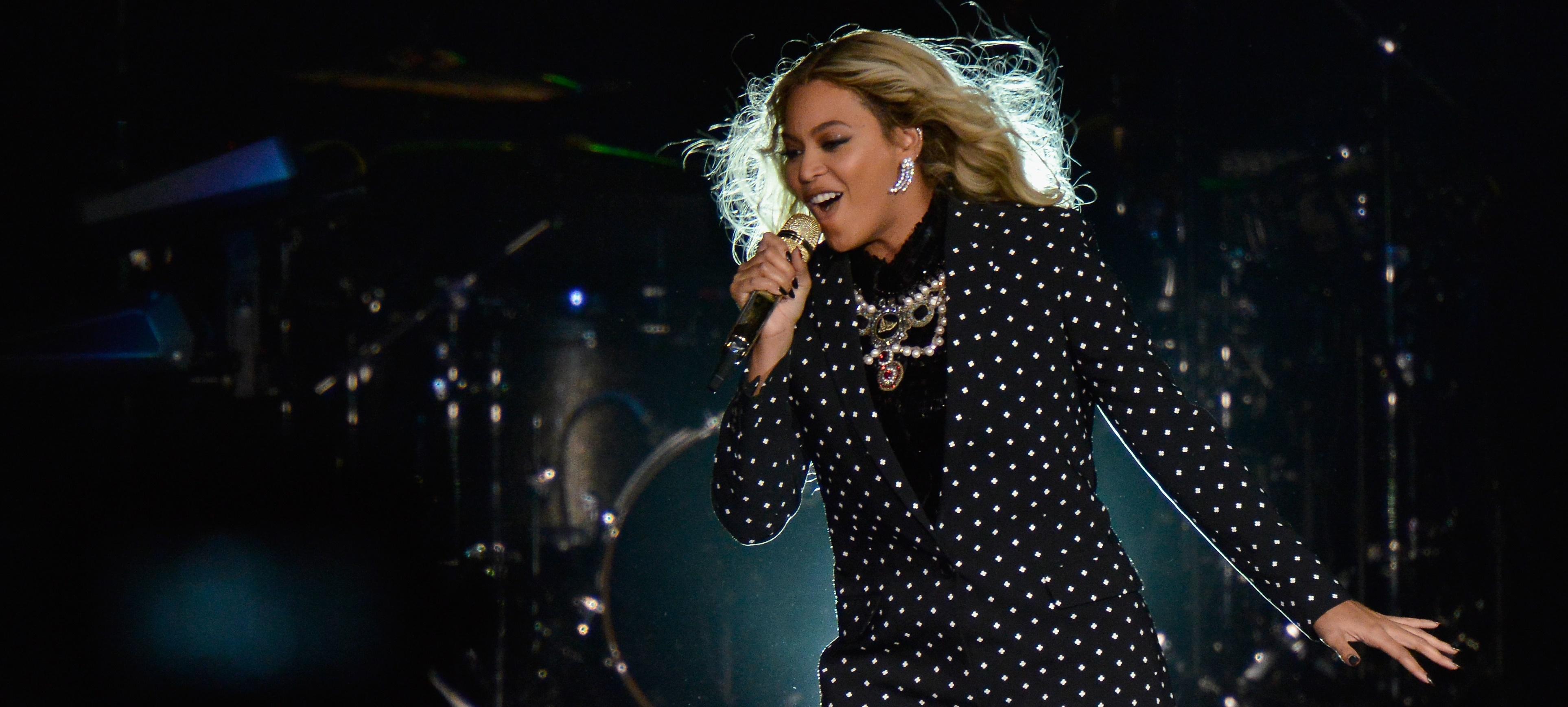 Billboard divulga lista dos artistas mais bem pagos do mundo da música em 2016; Queen B lidera!