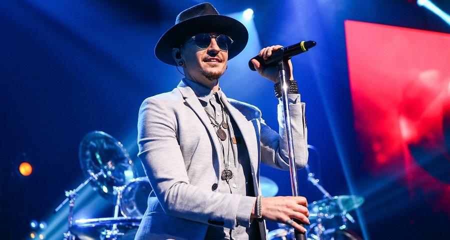 """""""Corações quebrados"""": integrantes da banda Linkin Park escrevem texto emocionante para o amigo Chester Bennington"""