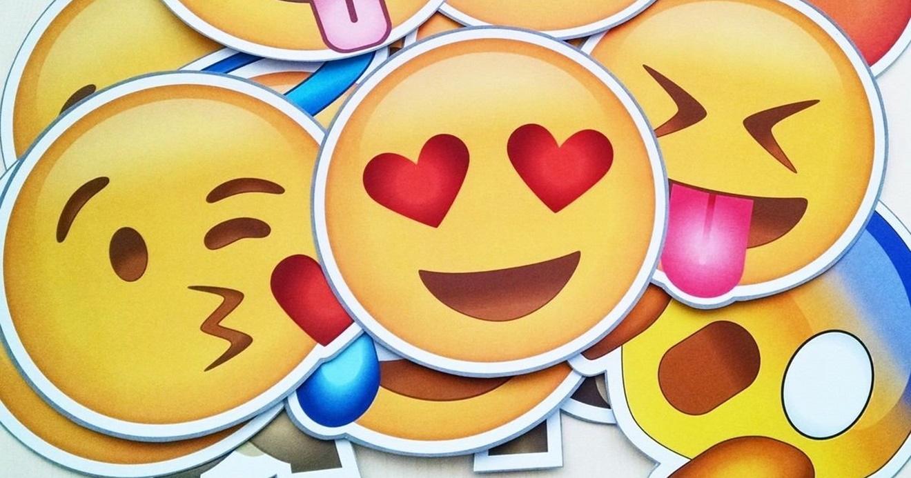 Novidade! WhatsApp testa próprios emojis e pretende abandonar design da Apple