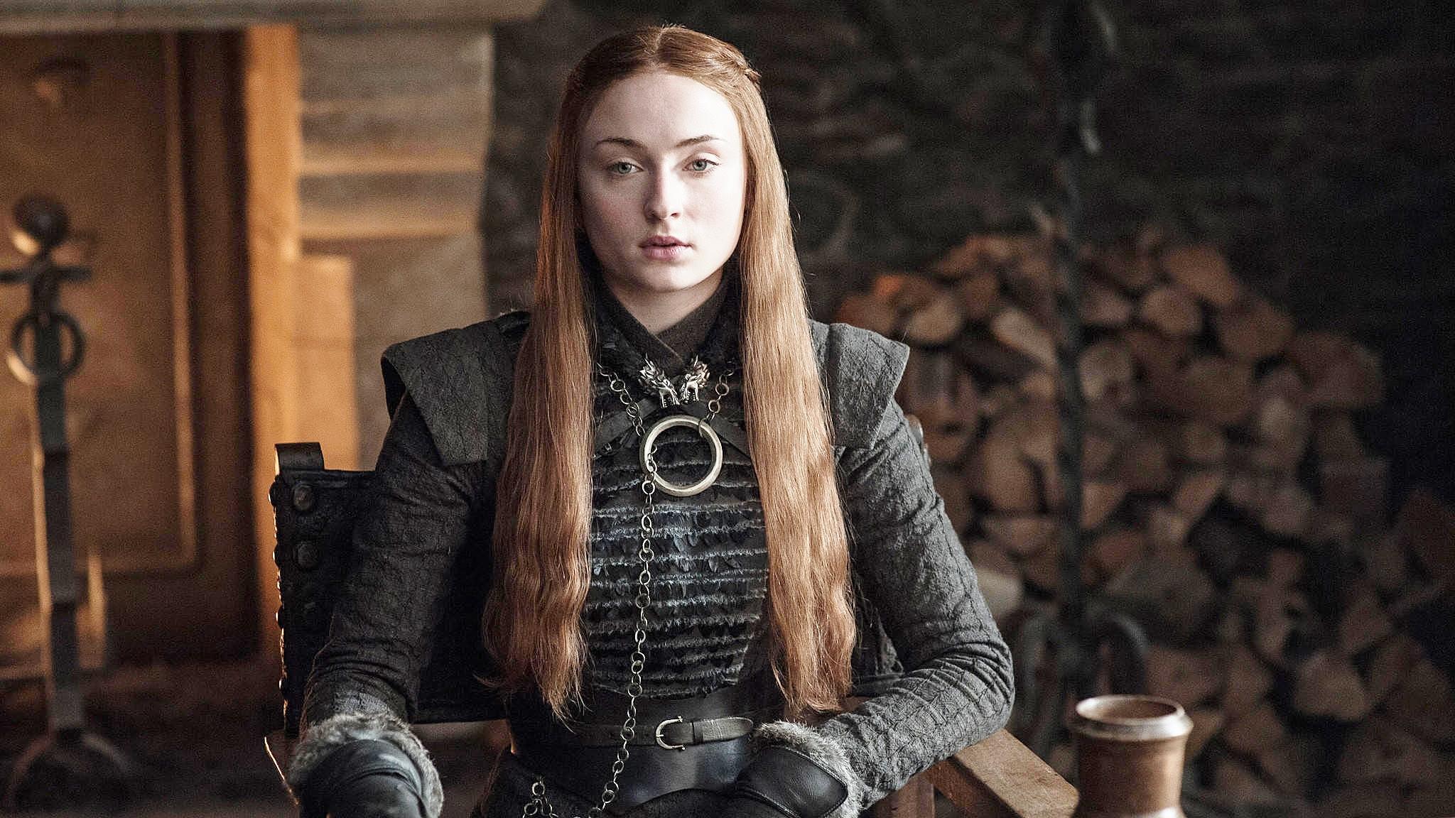"""Sophie Turner revela que sua educação sexual foi graças a """"Game of Thrones"""""""