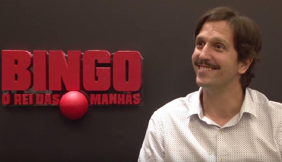 """Vladimir Brichta comenta """"nudes"""" e revela como se preparou para viver palhaço polêmico em """"Bingo – O Rei das Manhãs"""""""