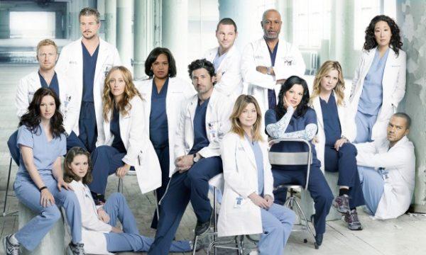 'Grey's Anatomy': personagens que morreram na série serão homenageadas em episódio inédito