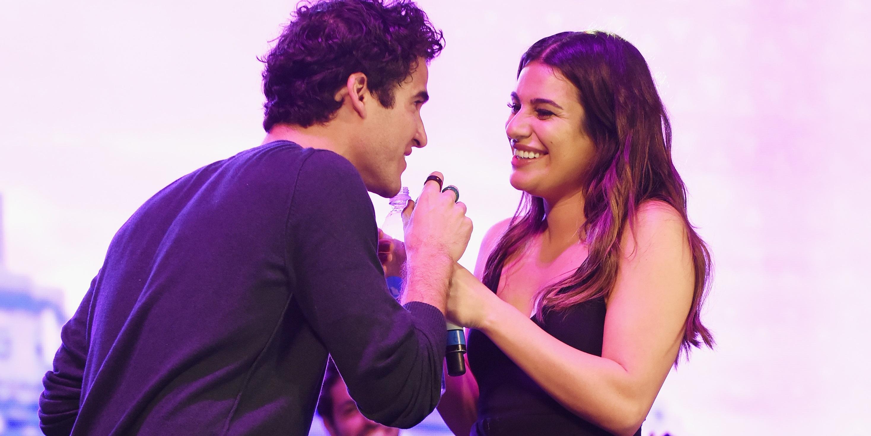 Darren Criss e Lea Michele relembram tempos de 'Glee' com performance linda de 'Falling Slowly'