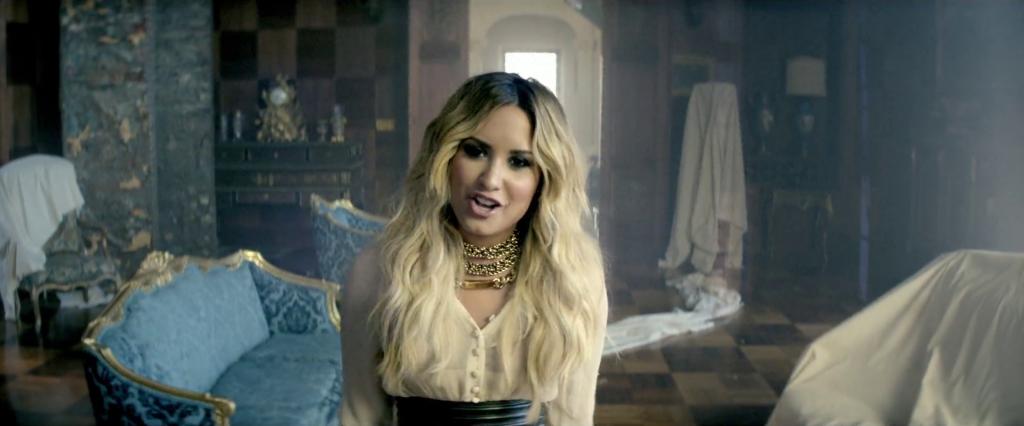 """Let It Go"": Demi Lovato e Disney recebem processo de cantor chileno por suposto plágio, afirma TMZ"