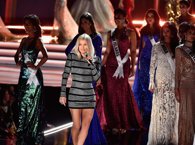 Miss Universo: noite marcada por vitória da África do Sul e show da poderosa Fergie; assista!
