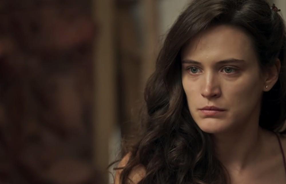 """""""O Outro Lado do Paraíso"""": Após vingança contra Samuel, Clara terá nova inimiga, revela colunista"""