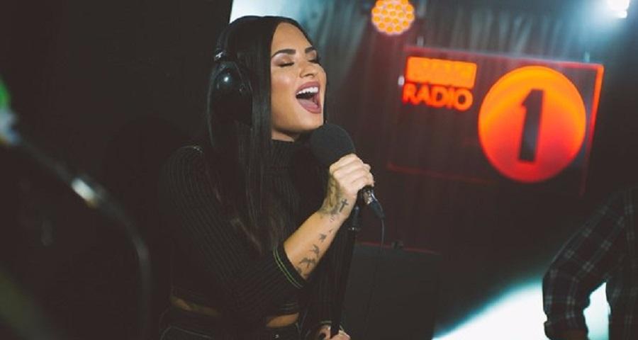 'Sober': Demi Lovato revela não estar mais sóbria e pede desculpa em nova e emocionante música; ouça