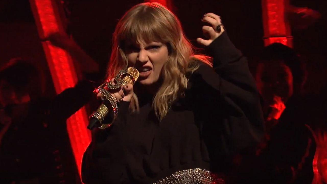 "Taylor Swift mostra ótima fase em performances de ""Ready For It?"" e ""Call It What You Want"" na TV; assista!"