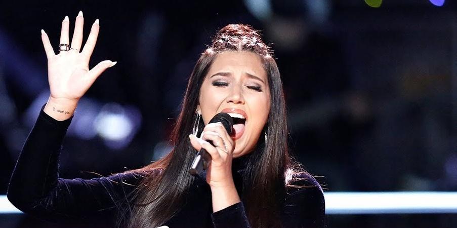 """'The Voice': Participante ARRASA em performance de 'Love on the Brain"""" e Adam Levine surpreende público com decisão"""