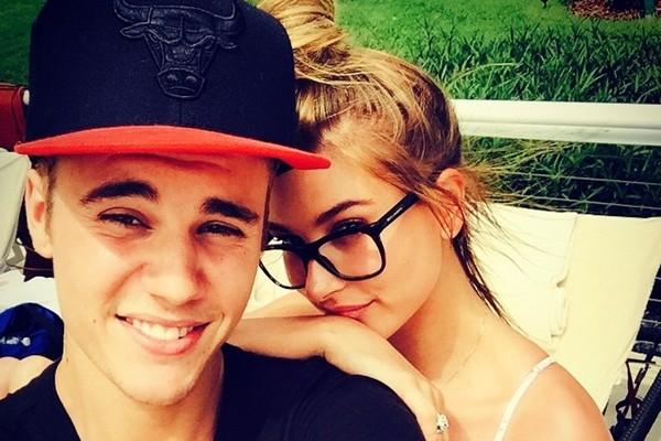 Antes de se conhecerem, Hailey Baldwin já sonhava e se declarava para Justin Bieber no Twitter; confira!