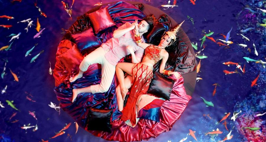 """Luan Santana tem muitas alucinações de amor no clipe de """"Check-In""""; vem assistir"""