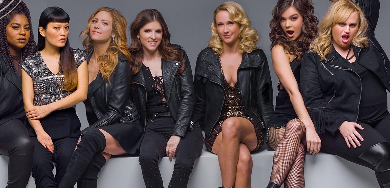 'A Escolha Perfeita 3': Bellas fazem versões maras de 'Toxic', da Britney e 'Cheap Thrills', da Sia; vem ouvir!