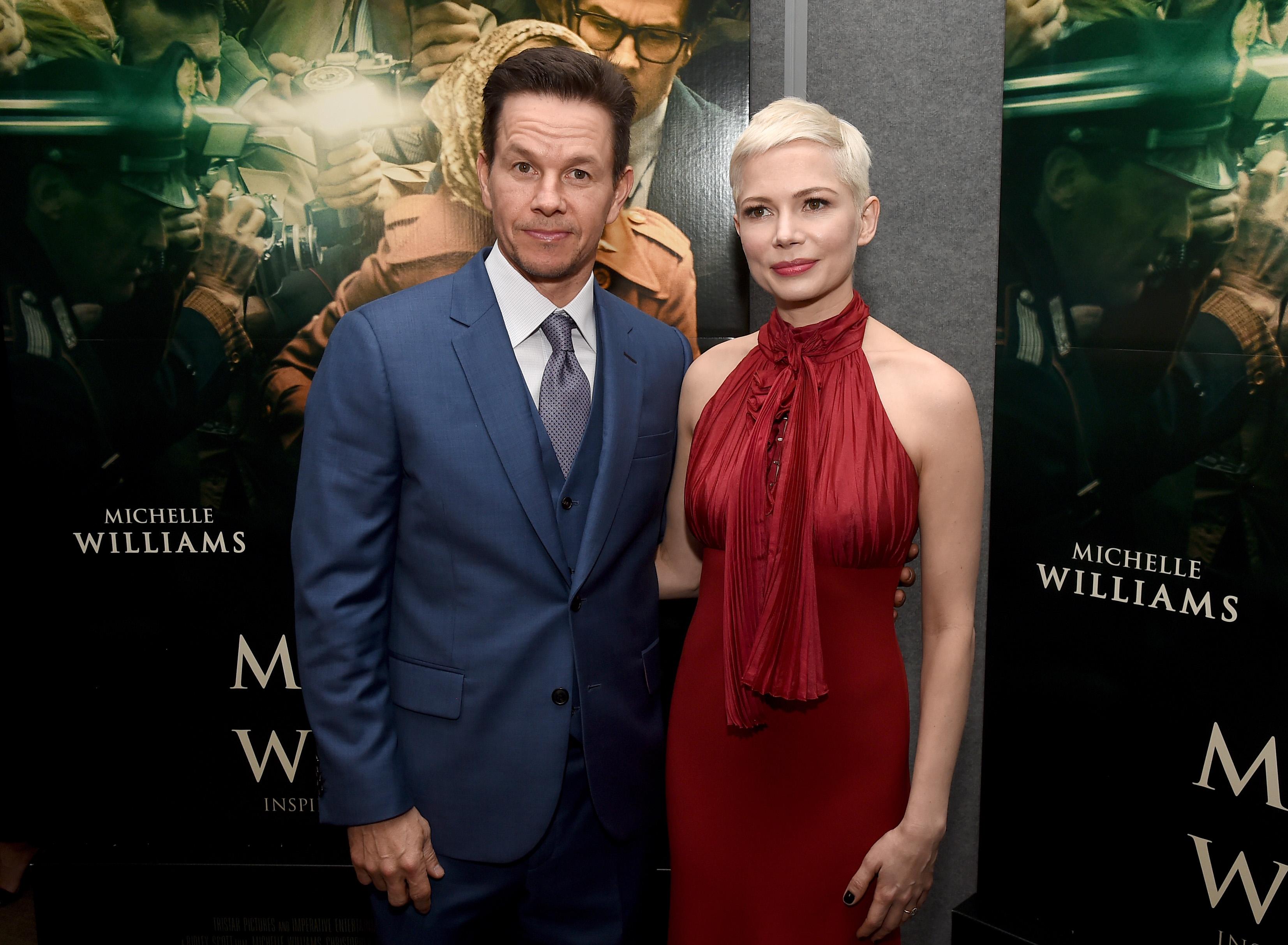 Mark Wahlberg teria recebido cachê 1500 vezes maior que o de Michelle Williams para regravar cenas