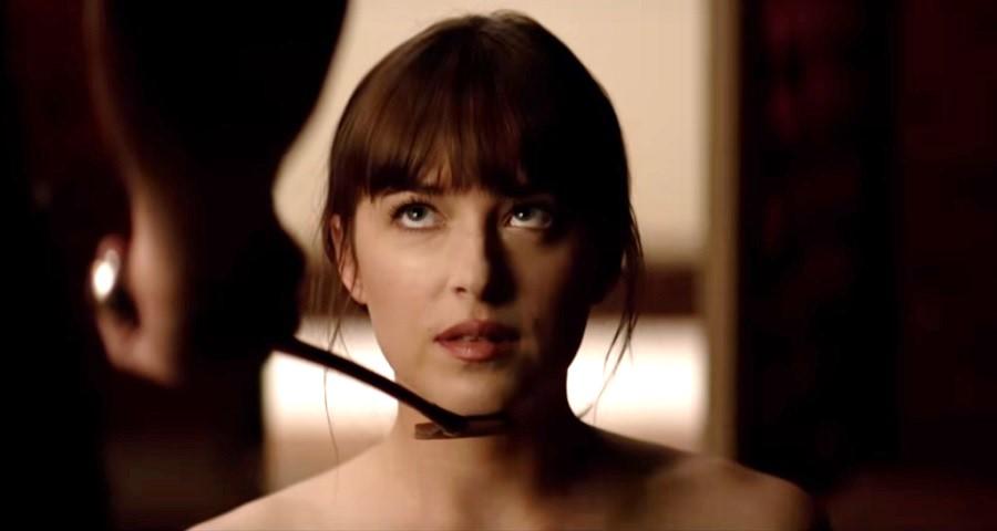 """""""Cinquenta Tons"""": Dakota Johnson diz que precisou de """"preparação psicológica séria"""" pra gravar cenas de sexo"""