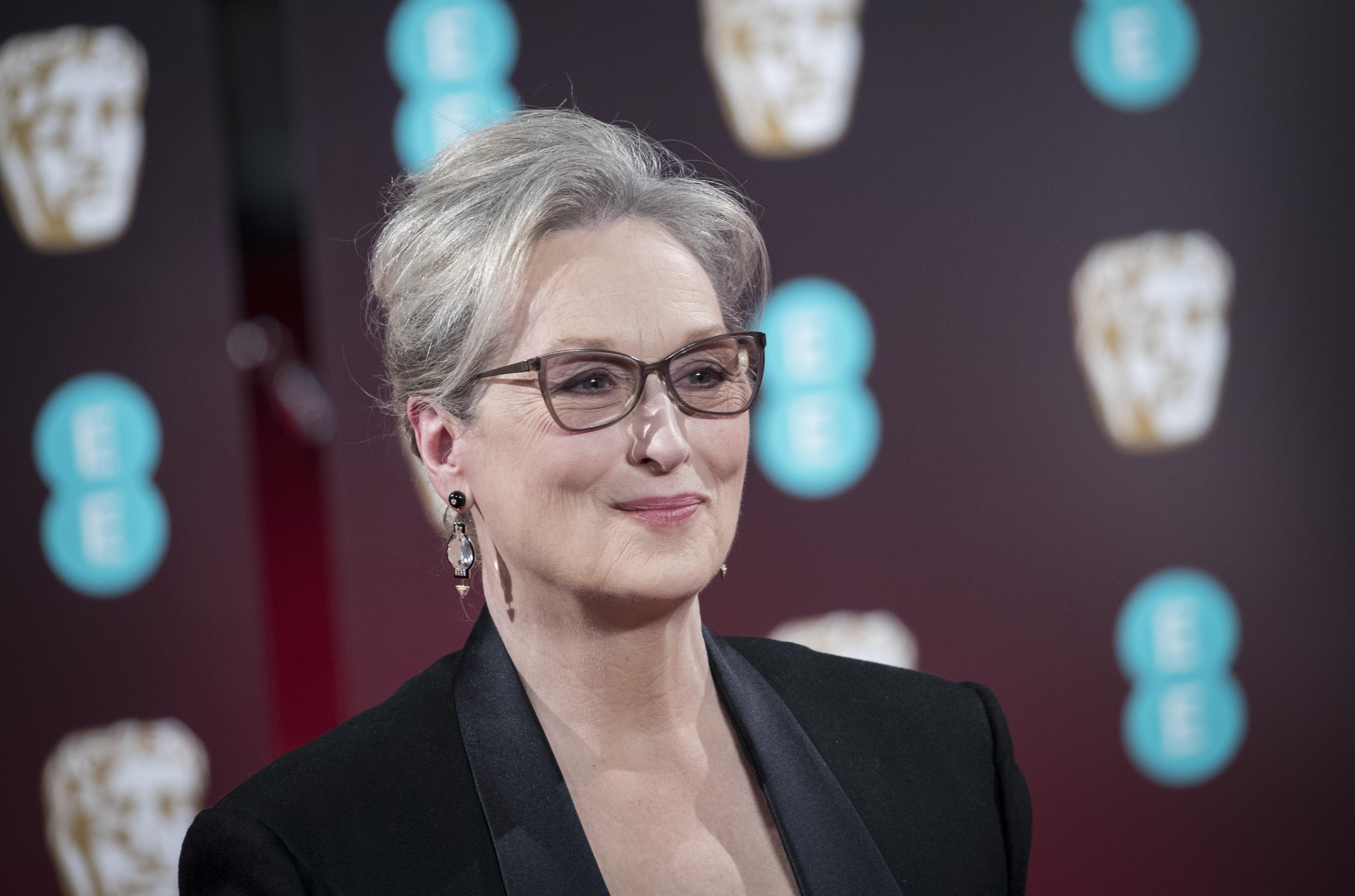 """Harvey Weinstein usa Meryl Streep como """"álibi"""" e atriz se revolta: """"Atitude patética"""""""