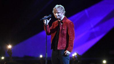 'BRITS Awards 2018': Ed Sheeran faz apresentação linda de 'Supermarket Flowers', vem ver