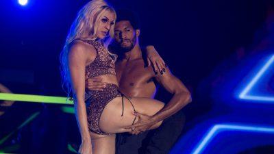 Pabllo Vittar canta hits de Adele; Whitney; Rihanna e Simone & Simaria na TV; vem assistir