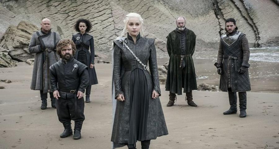 """Vice-presidente da HBO anuncia muitas mortes no fim de """"Game of Thrones"""" e spin offs da série"""