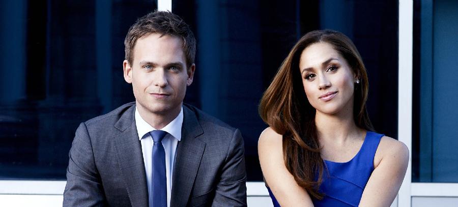 """Meghan Markle e Patrick J. Adams brincam sobre os votos de casamento de seus personagens em """"Suits"""""""