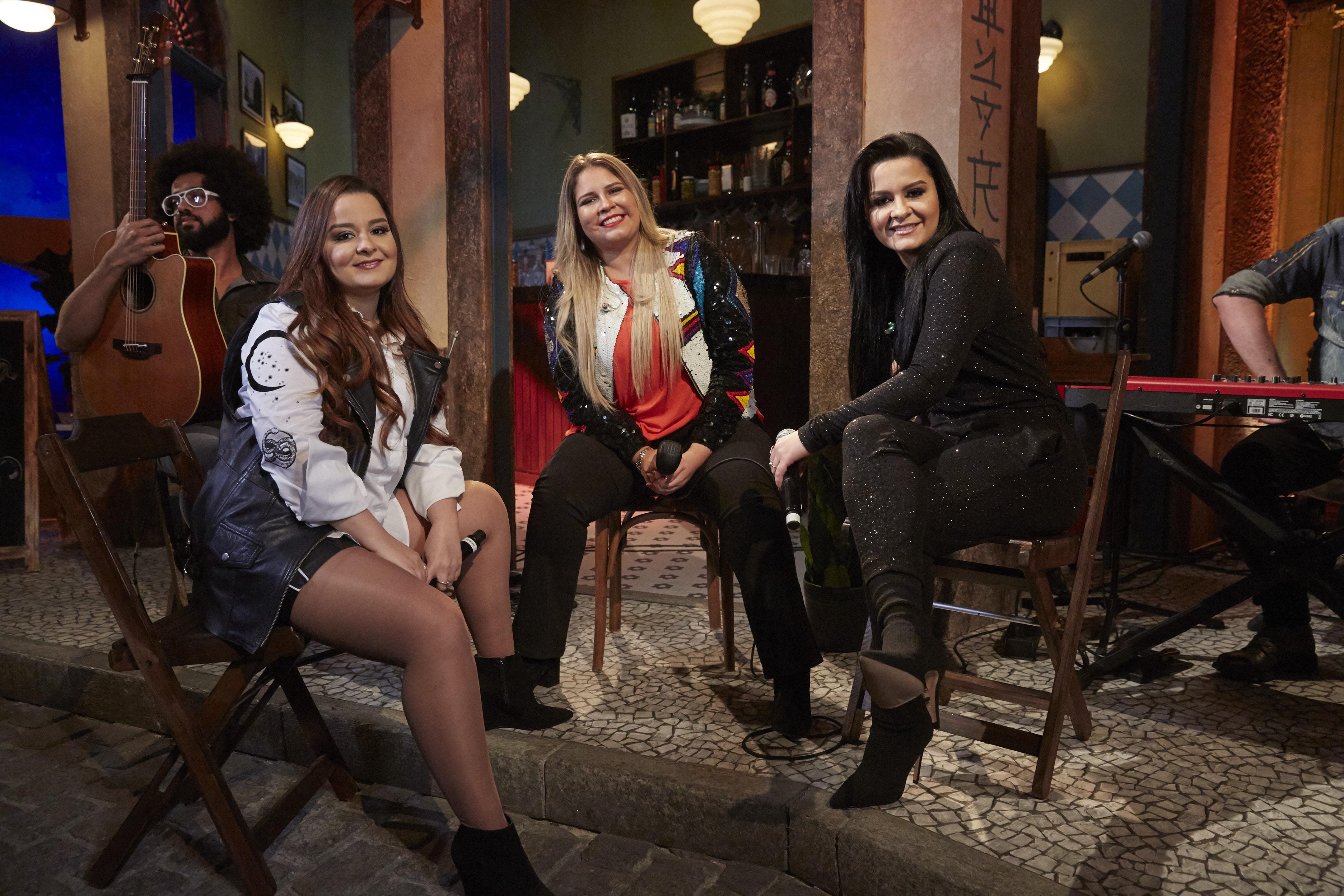 Marília Mendonça e Maiara & Maraísa se unem na ótima 'A Culpa é Dele'; vem ver o clipe!