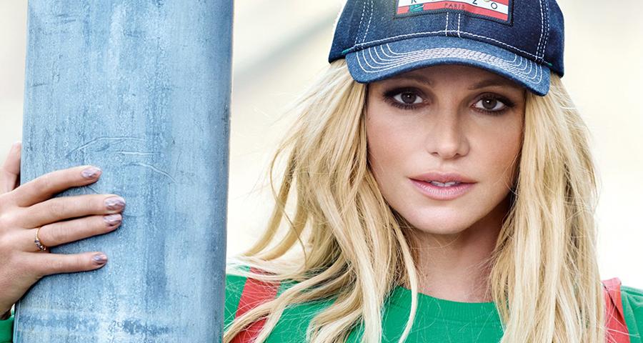 Britney Spears teve medo de envergonhar os filhos ao usar looks ousados para campanha da Kenzo