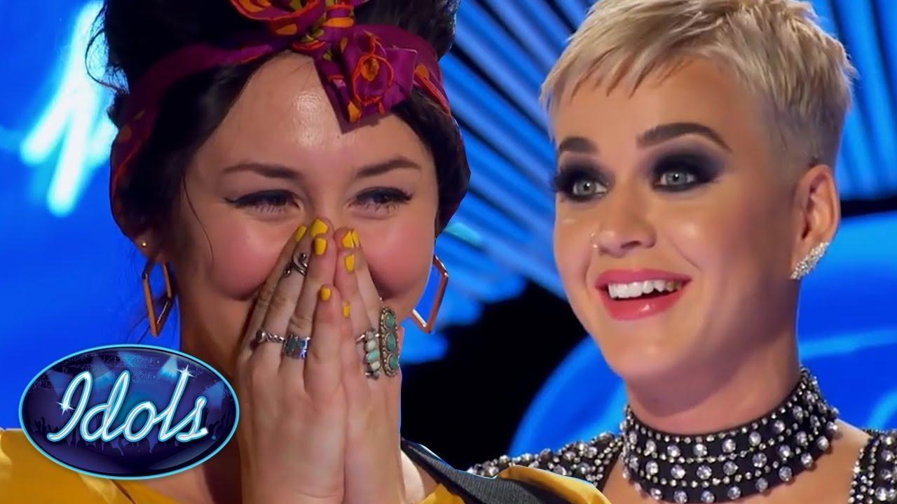 American Idol: Participante canta 'I Kissed a Girl' e surpreende Katy Perry: 'Acho que pode ter sido melhor do que eu'
