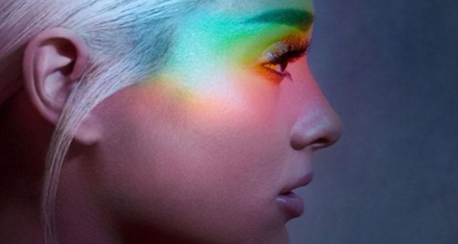 """Ariana Grande lança single """"No Tears Left To Cry"""", vem ver!"""