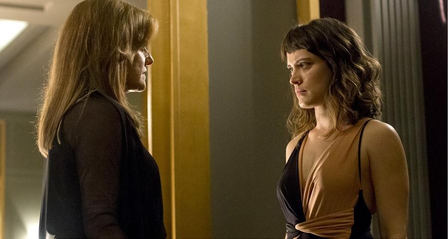 """""""O Outro Lado do Paraíso"""": Clara chama Sophia de assassina e elas se estapeiam; veja fotos"""