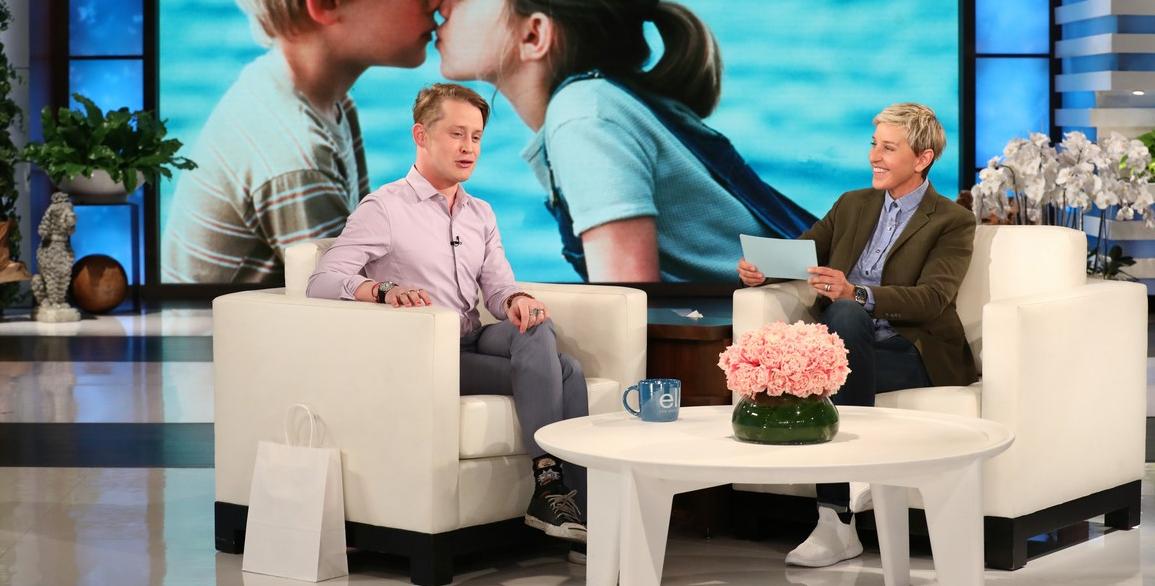 """Macaulay Culkin faz revelação sobre o clássico 'Esqueceram de Mim': """"Evito sair de casa"""""""