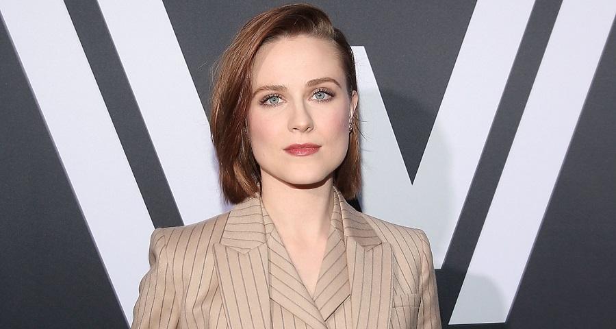 """""""Westworld"""": Evan Rachel Wood revela que só ganhará o mesmo que colegas homens na 3ª temporada"""