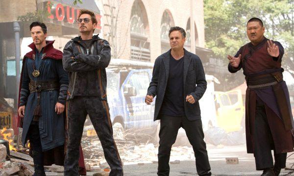 """""""Vingadores: Guerra Infinita"""" se torna filme com maior estreia mundial da história"""