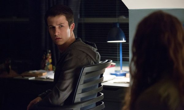 """""""13 Reasons Why"""": Após críticas, criador defende cena de estupro na segunda temporada"""