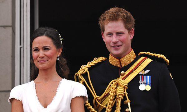 Pippa Middleton e ex-namorada de Harry teriam sido barradas de cerimônia oficial, aponta imprensa