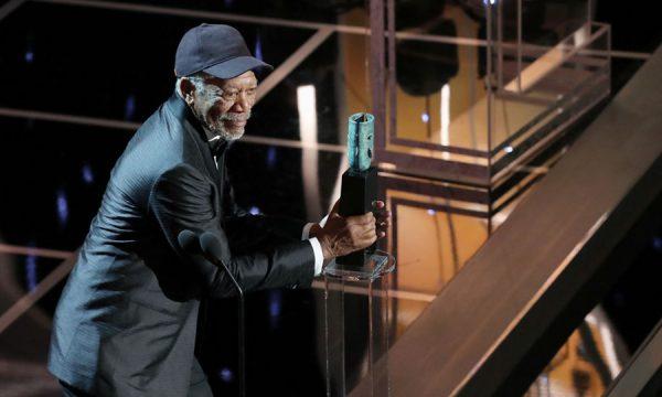 SAG cogita retirar prêmio de Morgan Freeman após acusações de assédio