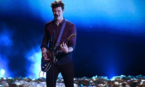 """Shawn Mendes lança """"Nervous"""" e faixa traz ritmo agitado ao novo álbum; ouça!"""