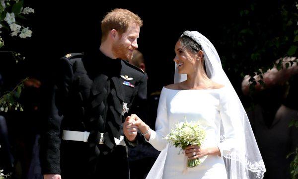 Harry e Meghan devolvem R$ 35 milhões em presentes de casamento, diz jornal