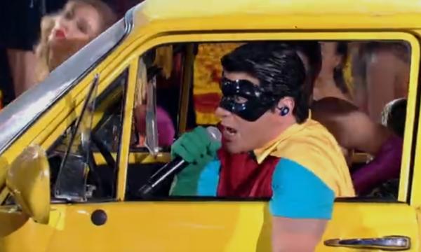 'Show Dos Famosos': performances agradam e homenagem ao 'Mamonas' conquista público