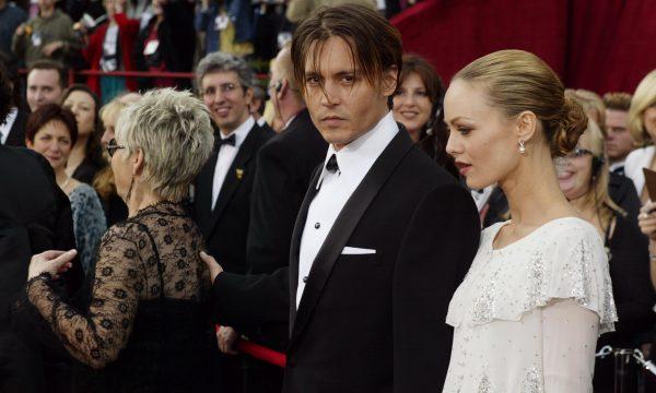 Filho caçula de Johnny Depp e Vanessa Paradis está com doença grave, afirma diretor