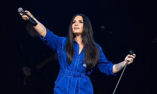 Vida nova! Demi Lovato coloca mansão onde sofreu overdose à venda, diz site