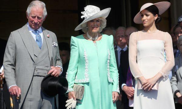 """Príncipe Charles classifica personalidade de Meghan com apelido """"irreverente"""", afirma portal"""
