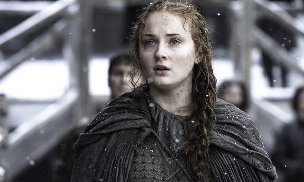 """Sophie Turner fala sobre o final de 'Game of Thrones': """"Imprevisível!"""""""
