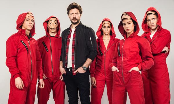 Criador de 'La Casa de Papel' vai produzir novas séries para a Netflix, saiba detalhes
