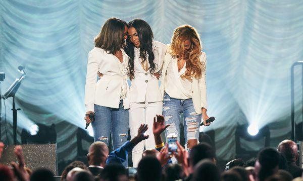 Michelle Williams desabafa sobre saúde mental e TMZ afirma que cantora está internada