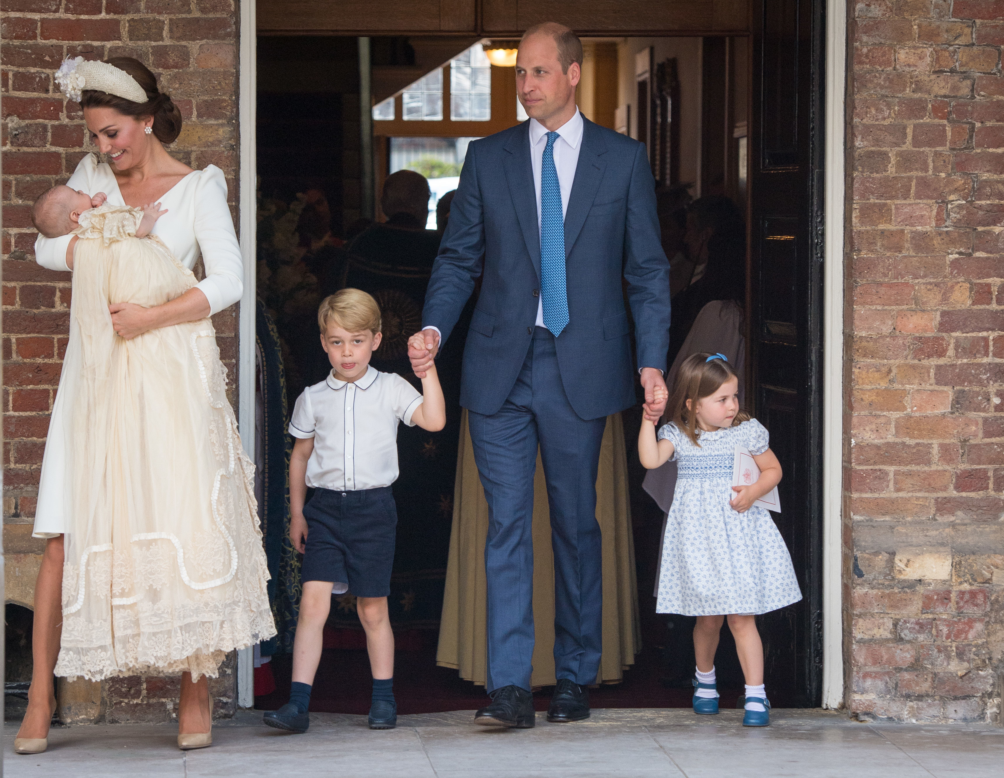 christening-of-prince-louis-of-cambridge-at-st-jamess-palace-6